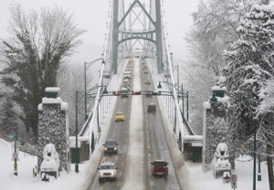 Snow covers Vancouver's Lions Gate Bridge Dec.24.08