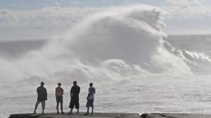 Huge waves crash ashore at Peggys Cove, NS