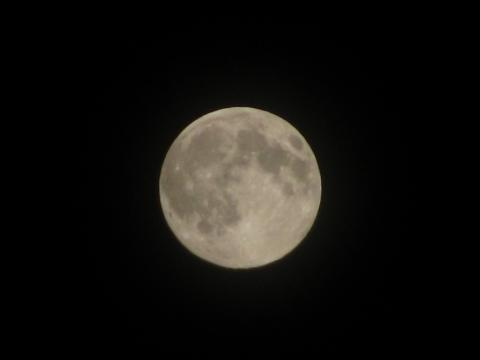 Harvest moon over Greater Moncton, 23 Sept 10