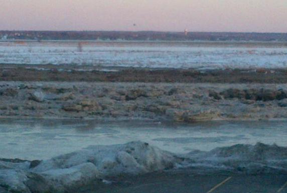 The icy Petitcodiac River on a frigid day, 23 Jan 2013 (Dearing photo)