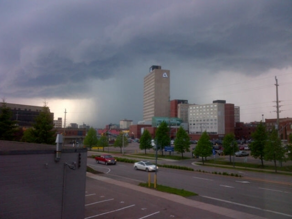 Thunderstorm moves into downtown Moncton after a hot afternoon, 31 May 2013 (Dearing)