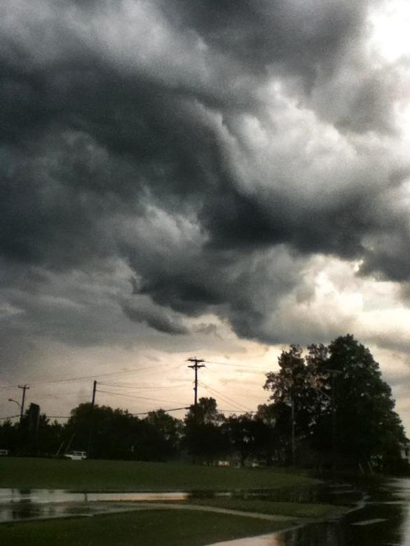 Eerie clouds over Sussex, NB, 25 June 2013 (Facebook)