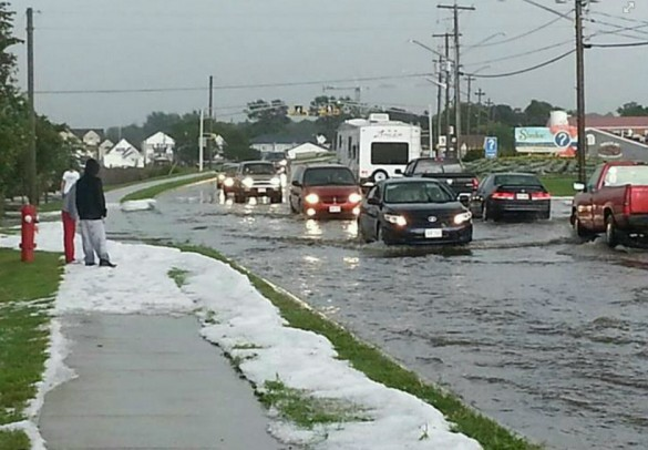 Aftermath of hail and heavy rain in Shediac, NB, 05 August 2013 (Dame Nature/Facebook)