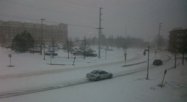Blizzard conditions in downtown Moncton, 22 Jan 2013 (Dearing)