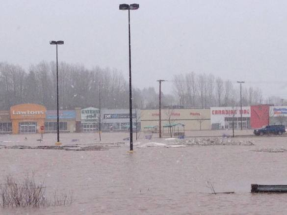 Gateway Mall in Sussex, 16 April 2014 (Facebook)