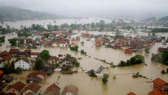 Flooding in the city of Doboj, Bosnia and Herzegovina, 16 May 2014 (Getty Images)