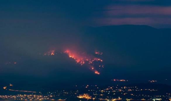 Smith Creek wildfire near West Kelowna, B.C. (Facebook)
