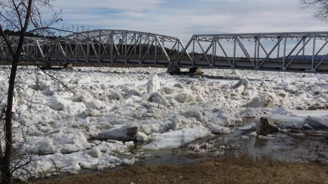 St. John River at Perth-Andover, NB, 19 April 2015 (Twitter)
